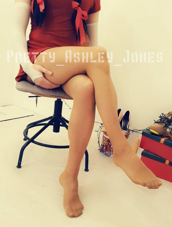pretty_ashley_jones